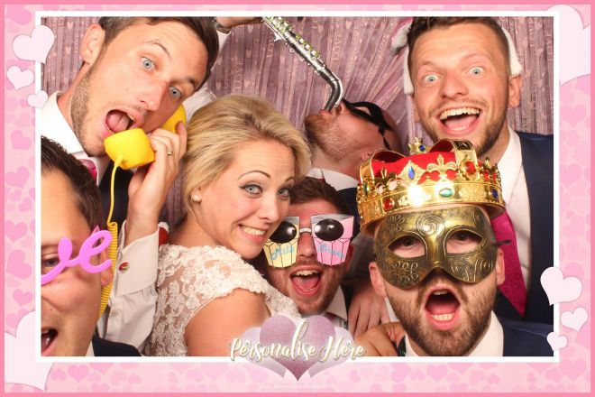love-hearts-themed-photo-booth-scene-by-Blooper-Photobooths-5