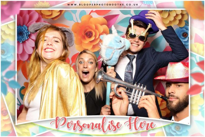 3d paper effect flower backdrop with the 'selfie' style Spotlight photo booth